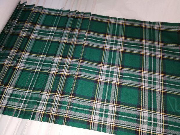 Polleras Kilt, Para uniformes escolares
